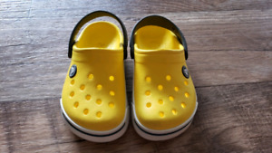 Yellow/Charcoal/Whie Toddler Crocs Size 8/9