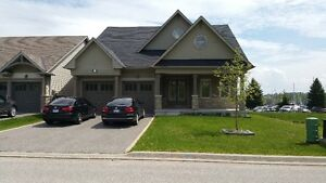 Executive Waterfront Home In Midland Ontario for sale by owner.