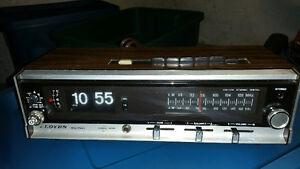 Vintage Lloyds Clock radio - flip