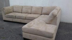 Excellent condition microsuede sectional