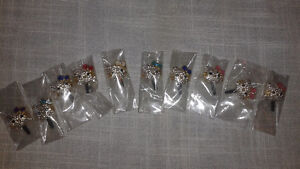 WHOLESALE LOT! HELLO KITTY CELL/TABLET CASE CHARMS and PLUGS West Island Greater Montréal image 3