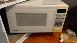 Microwave good condition