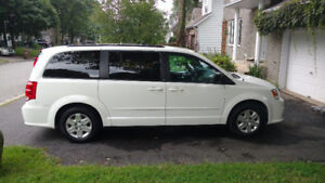 Dodge Grand Caravan 2011 Stow-n-Go