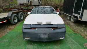 1985 Pontiac Firebird Trans Am V8