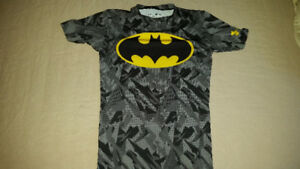 Batman Under Armour Compression Camo grey t-shirt Women M/S
