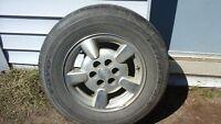 pneus Toyo d'été et roues 215 70R15
