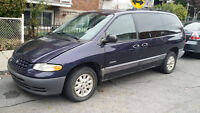 1999 Plymouth Grand Voyager Minivan