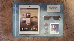 """7.9"""" Acer Tablet"""