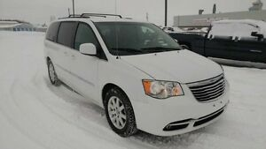 2014 Chrysler Town  Country Touring   - Certified - $103.59 B/W