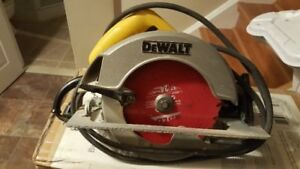 DEWALT HAND SAW FOR SALE!