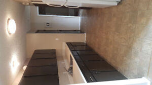 2 bedroom apartment $950 Available immediately