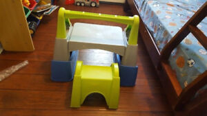 """Kids table and chair set"""" is on sale just $15"""