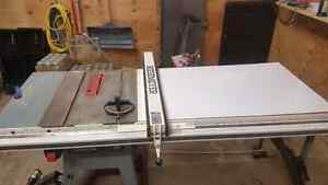 Delta contractor table saw