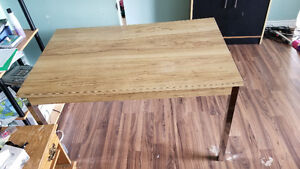 Kitchen Table for sale with chairs