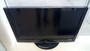 "42"" Full High Definition 1080p LCD TV LG"
