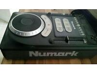 Numark axis 9 cd players