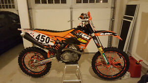 2007 ktm450sxf mint condition,low hrs, thousands spent on it.