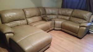 TWICE REDUCED electric brown lazy boy sectional!