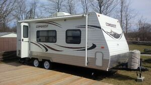 2013 Gulfstream Conquest Travel Trailer 21mb (21ft)