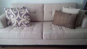 Stylish 3-seater Couch For Sale!