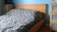 base de lit en bois massif + tête de lit