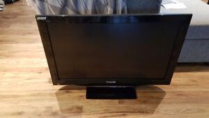 "Panasonic 42"" hd tv with 3 hdmi ports"