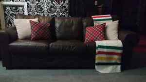 Brown leather couch London Ontario image 2