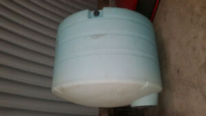 1250 Gallon poly water tank for potable water