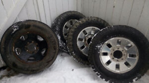 """18"""" Ford f350 factory alluminum rims and rubber"""