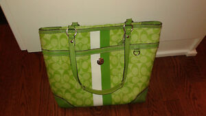 COACH Green Signature Heritage Tote
