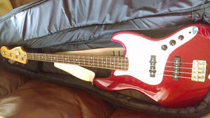 Fender Squire J bass (electric)