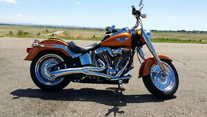 2014 Fatboy w/only 618 kms with EXTENDED WARRANTY