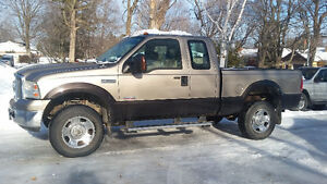 2006 Ford F-350 XLT Pickup Truck - One Owner
