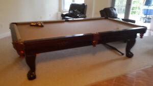 Beautiful 9 ft Pool Table