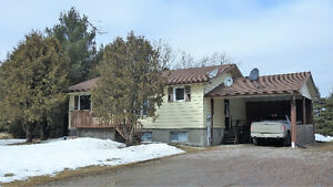 REDUCED $20000 Noelville Raised Bungalow, 2 bdrm Apt on 2 acres