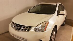Nissan Rogue SUV 2011-Good Condition