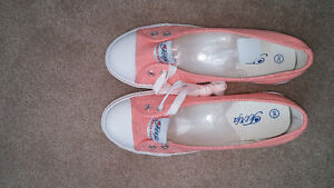 Brand new!  Womens pink casual flat