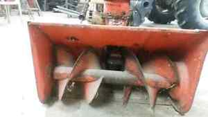 Snowblower for sale with electric start  Stratford Kitchener Area image 2