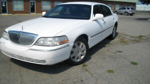 2009 Lincoln Town Car leather loaded Safety/Warranty