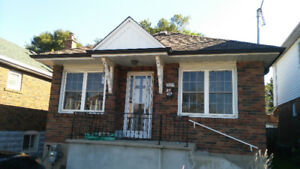 East York bungalow for rent - Contact Zakir at 647-779-2474