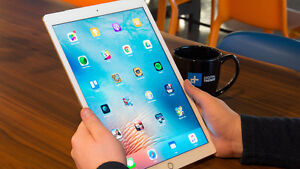 Selling iPads, Ipad Pros and Macbooks at Discounted Price