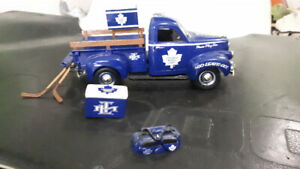 Toronto maple leaf  pickup truck  has authenticity paper