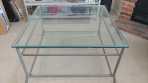 Coffee Table 4ft X 4ft *MUST SEE!