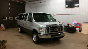 REDUCED!!!!2012 Ford E-350 XLT Wagon 15 Passenger St. John's Newfoundland image 2