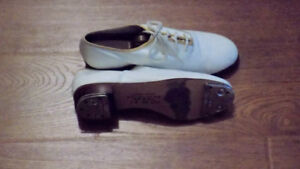 CLOGGING/ STEP SHOES WITH STANLEY STOMPERS