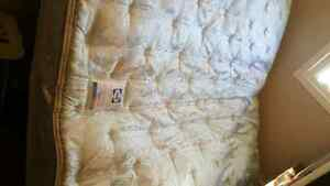King pillow top reverseable mattress great condition