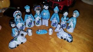 Lot of 13 beautiful vintage porcelain Nativity figurines