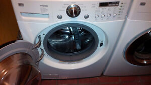 LG TROMM front loader / washer and dryer - laveuse /secheuse