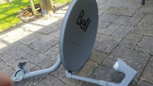 "20"" bell satellite dish w/ support arm and 2 dual LNBs"