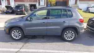 2013 Volkswagen Tiguan SUV, Crossover with navigation and camera